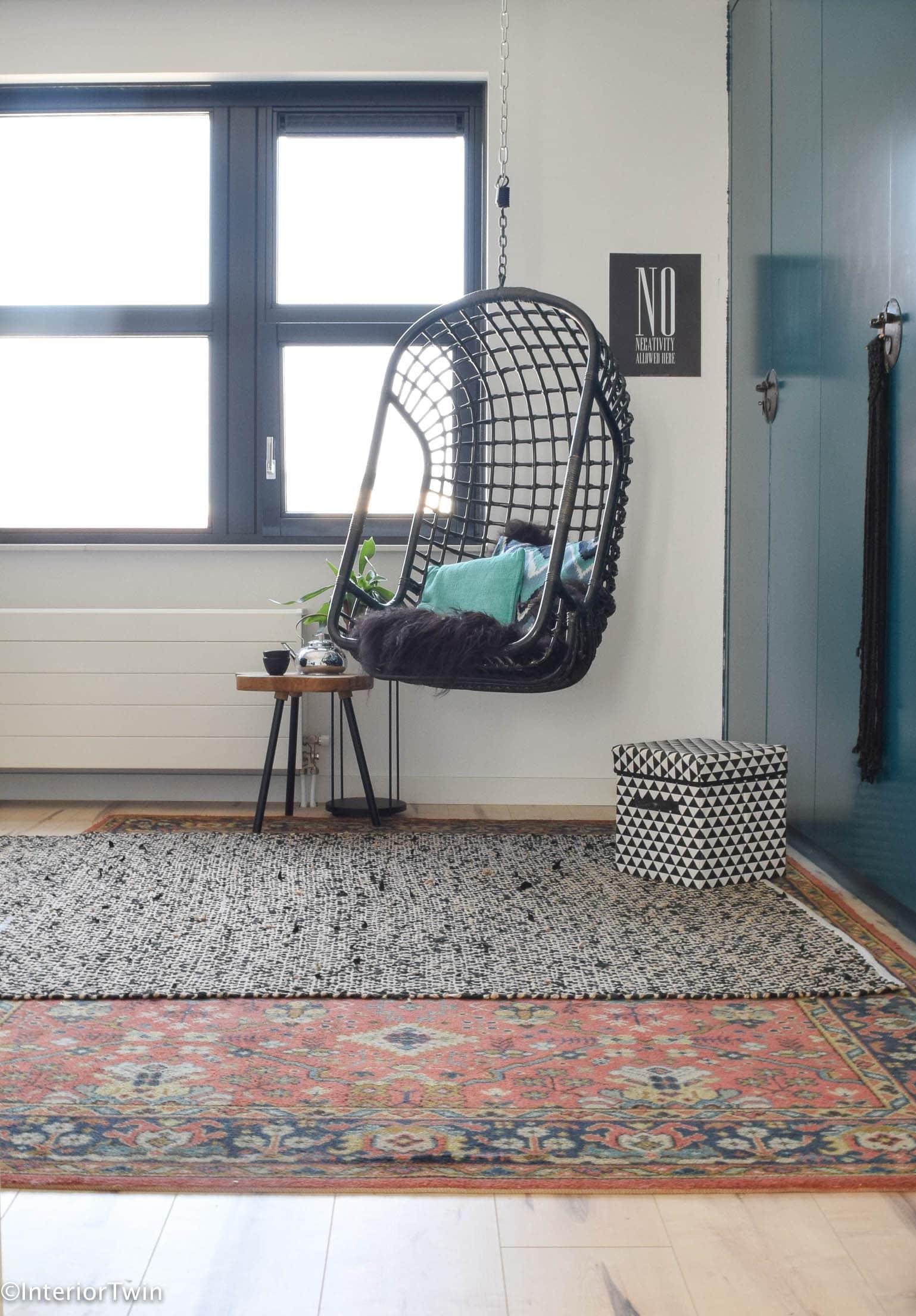 lelijk vloerkleed - handig chair