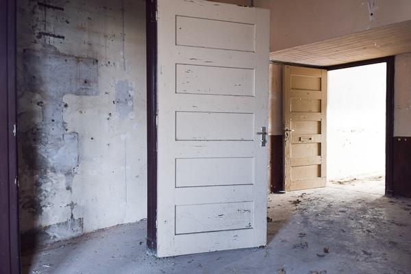oude deur kazerne