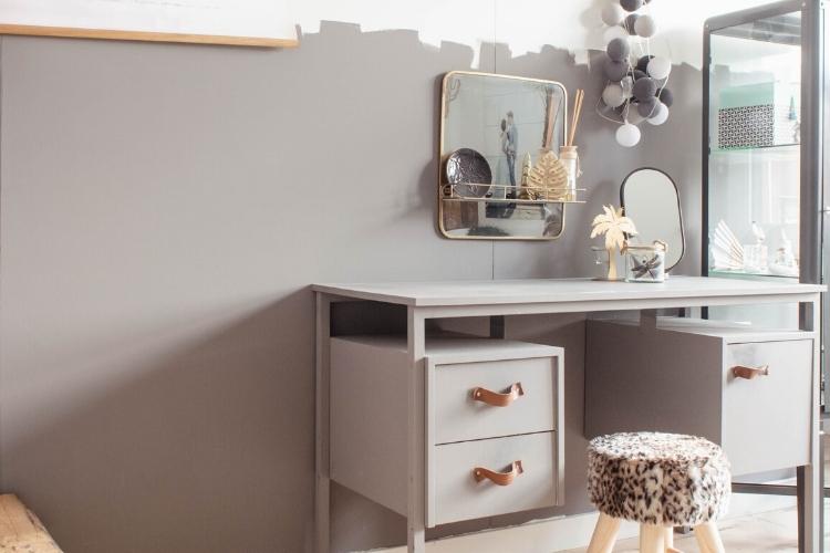 grijs warme kleur slaapkamer