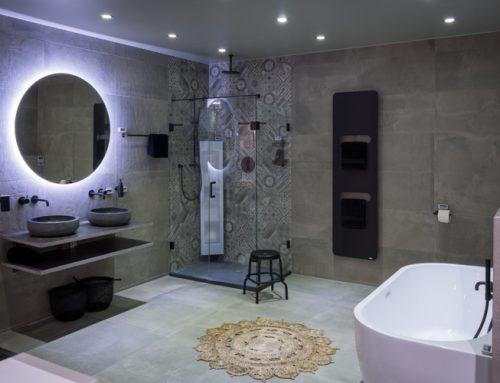 5 toffe badkamertrends van dit moment (van stoer tot kleurrijk)